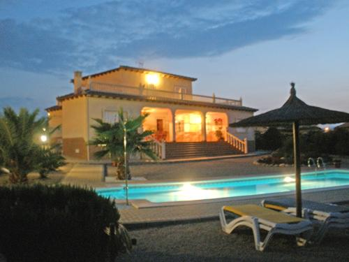 Night ime View of Villa & Pool